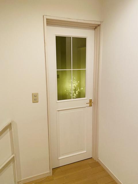 モールディングドア