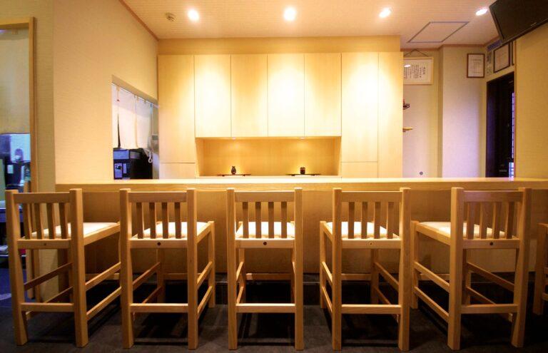 割烹 寿文様 wall cabinet